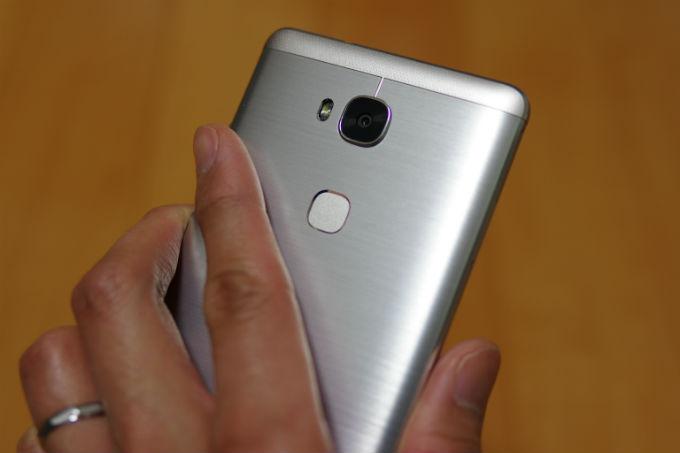 Huawei GR5 背面